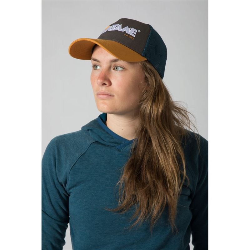 Montane Basecamp Cap Inca Gold in use